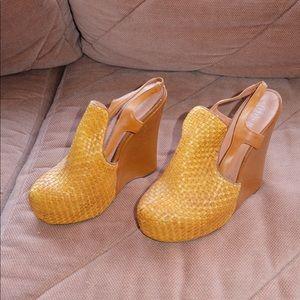 Jeffrey Campbell weaved platform heeled sandal